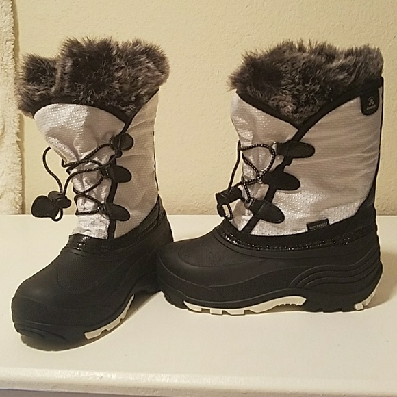 bf610cd1d95a Kamik Other - Kamik powdery white   black snow boots size 1